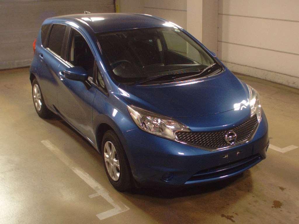 Просмотр подержанных японских машин