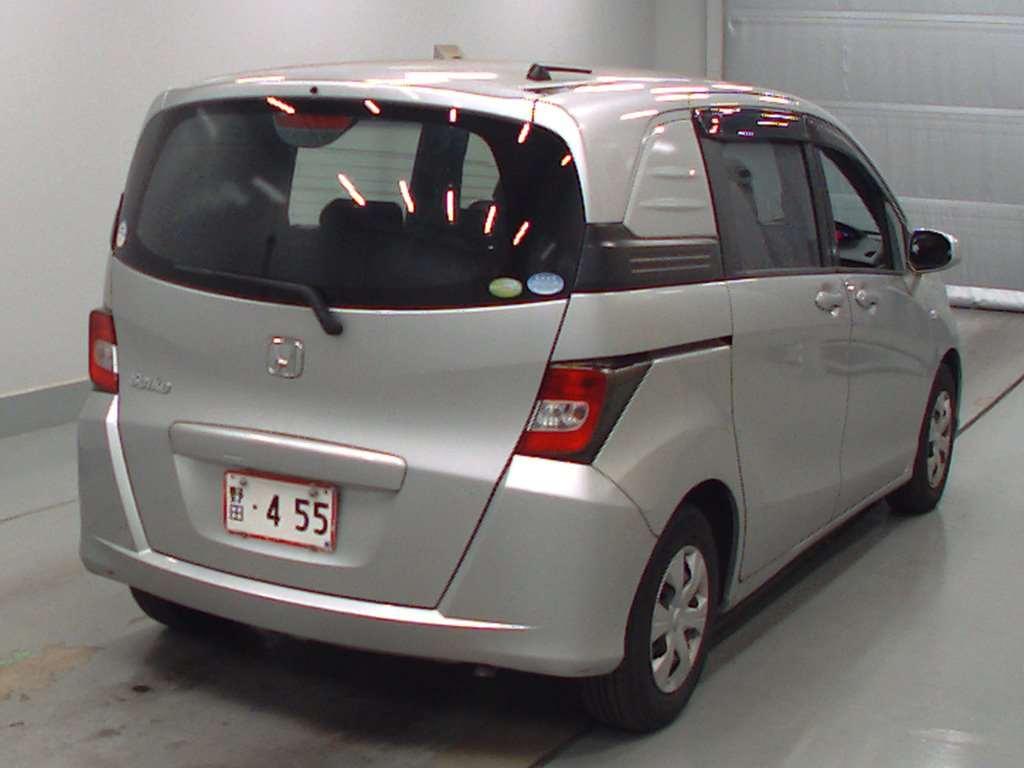 Расход топлива Honda Freed - whobycarcom