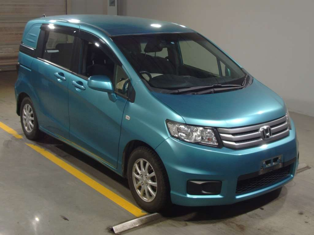 Продажа Honda Freed Spike- vladivostokdromru