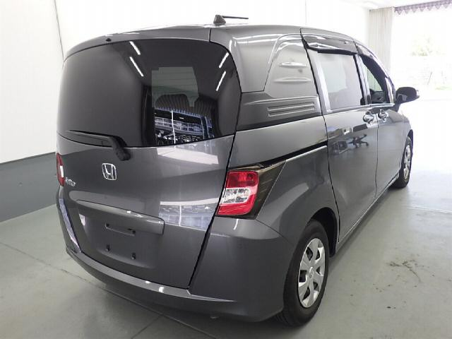 Honda Freed 2010 года - YouTube