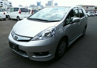 Honda Fit Shuttle Hybrid 2013 в Fujiyama-trading