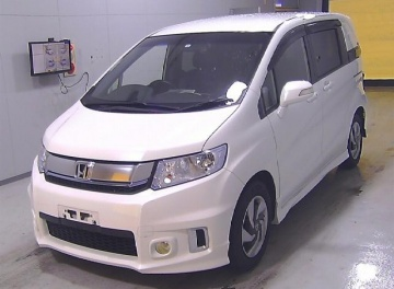 Honda Freed Spike Hybrid 2015 в Fujiyama-trading