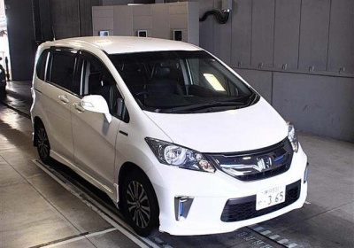 Honda Freed Hybrid 2015 в Fujiyama-trading