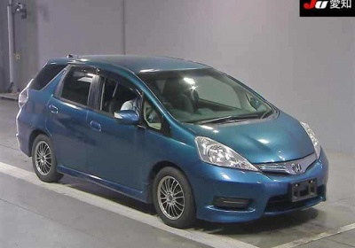 Honda Fit Shuttle Hybrid 2011 в Fujiyama-trading